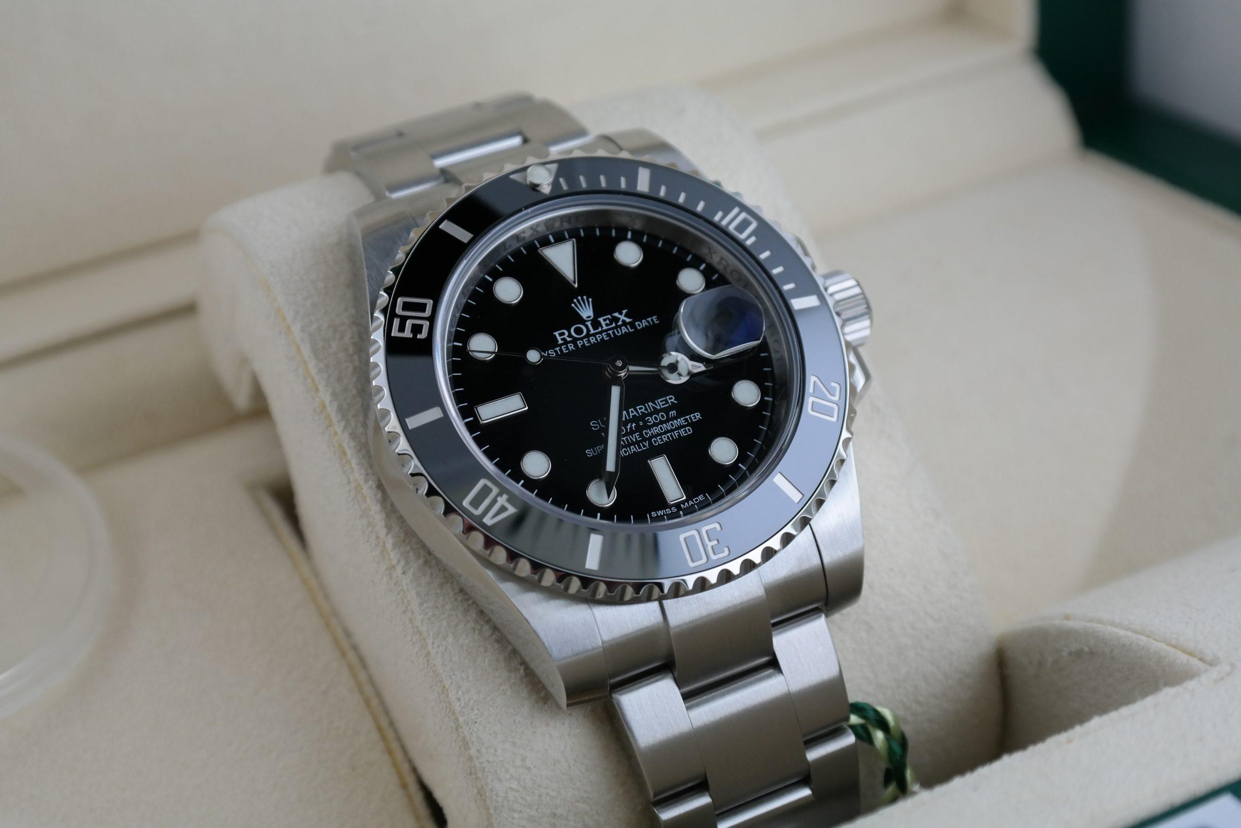 Men's Rolex Submariner Date 116610LN Black Ceramic Bezel Oyster Band 40mm 2014